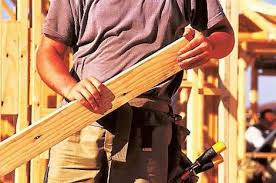 When to choose a carpenter and when to choose a joiner