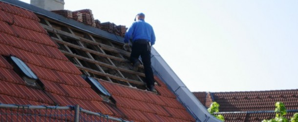 Why Is A Licenced Roofer Important?